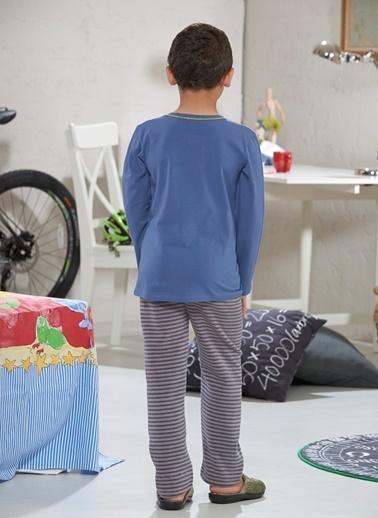 Baskılı Erkek Çocuk Pijama Takımı-Zeyzey